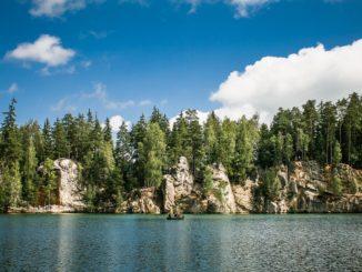 Za turistikou do Adršpašských skal
