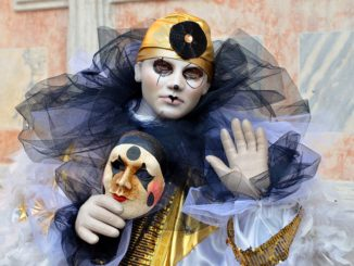 Nejkrásnější kostýmy festivalu v Benátkách. Znáte alespoň nejtradičnější z nich?